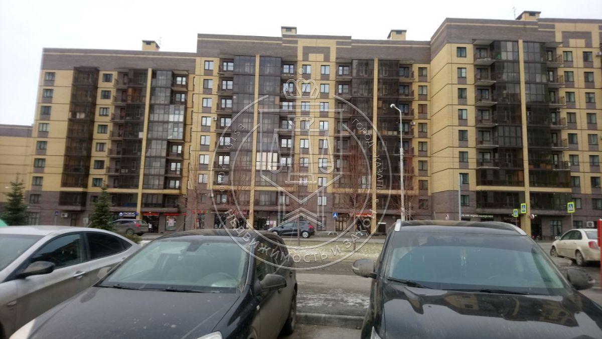 Продажа 2-к квартиры Рауиса Гареева ул, ****