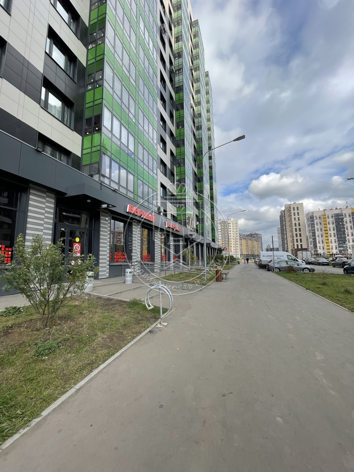 Продажа 3-к квартиры Александра Курынова ул, 10к3