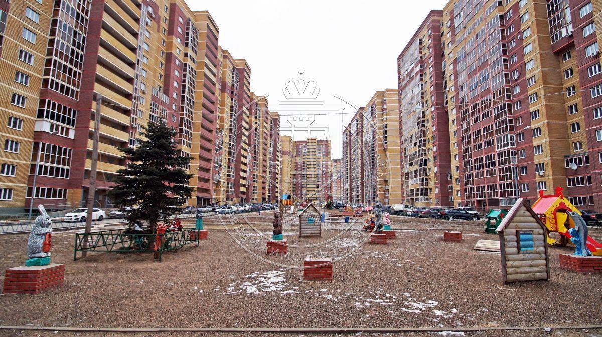 Продажа 3-к квартиры Новоселья ул, 6