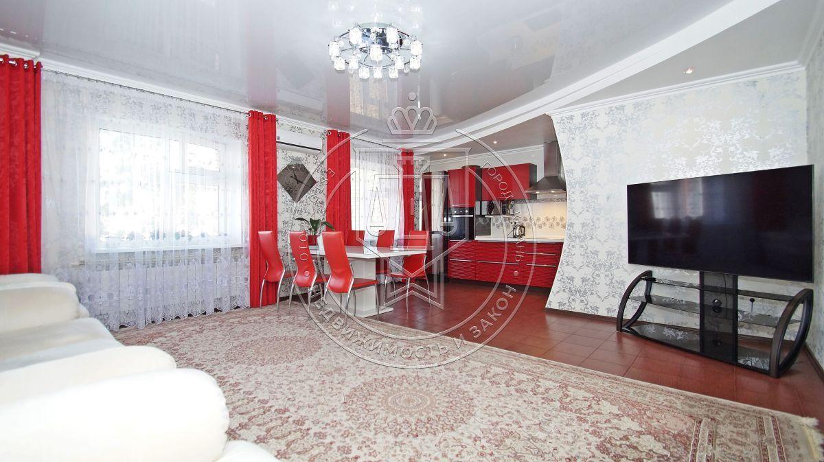 Продажа 2-к квартиры Адоратского ул, 4А