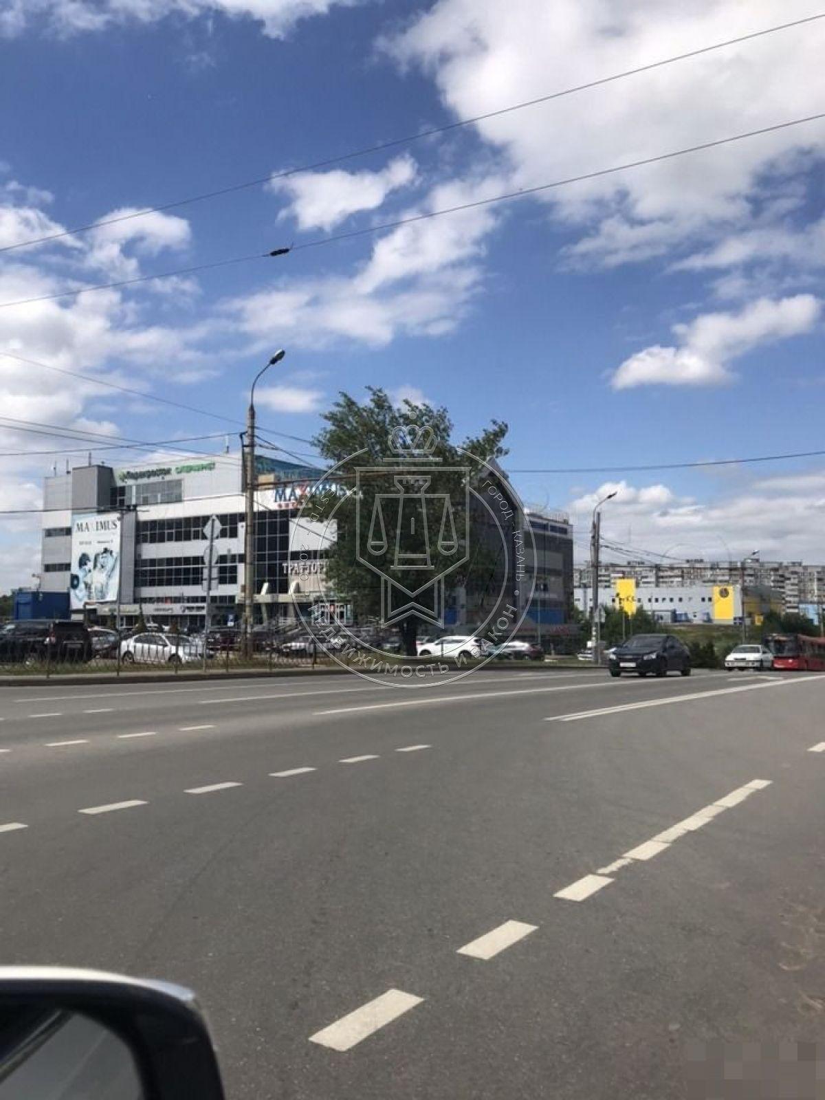 Продажа  помещения свободного назначения Юлиуса Фучика ул, 155