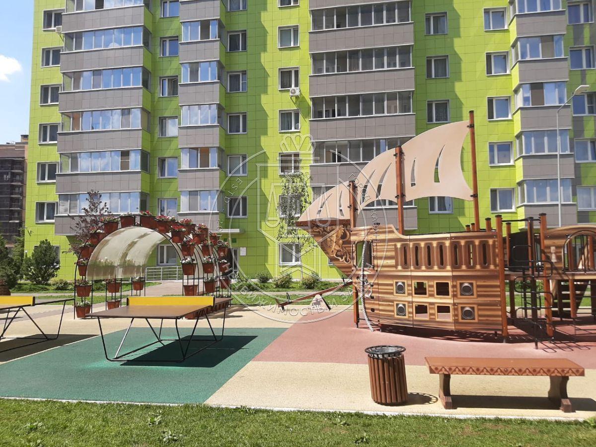 Продажа 1-к квартиры Оренбургский Тракт ул, 2.4