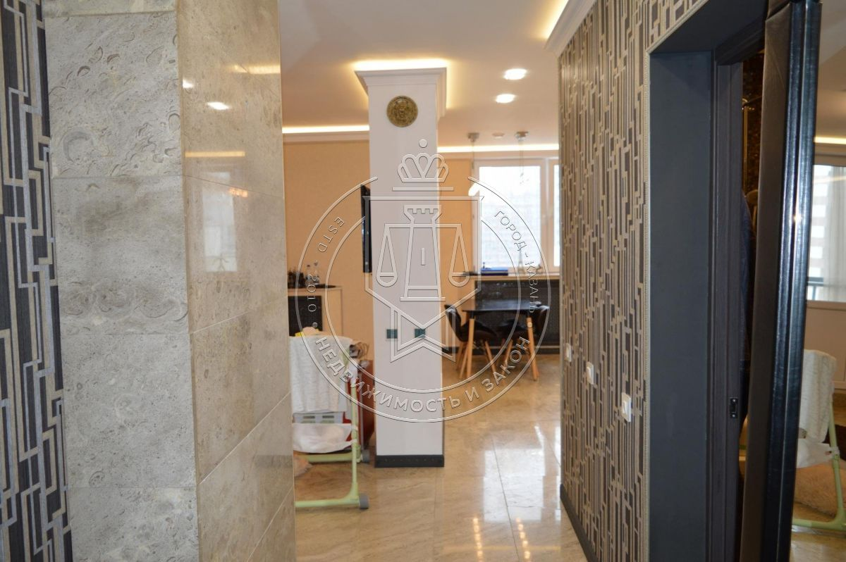 Продажа 2-к квартиры Адоратского ул, 1